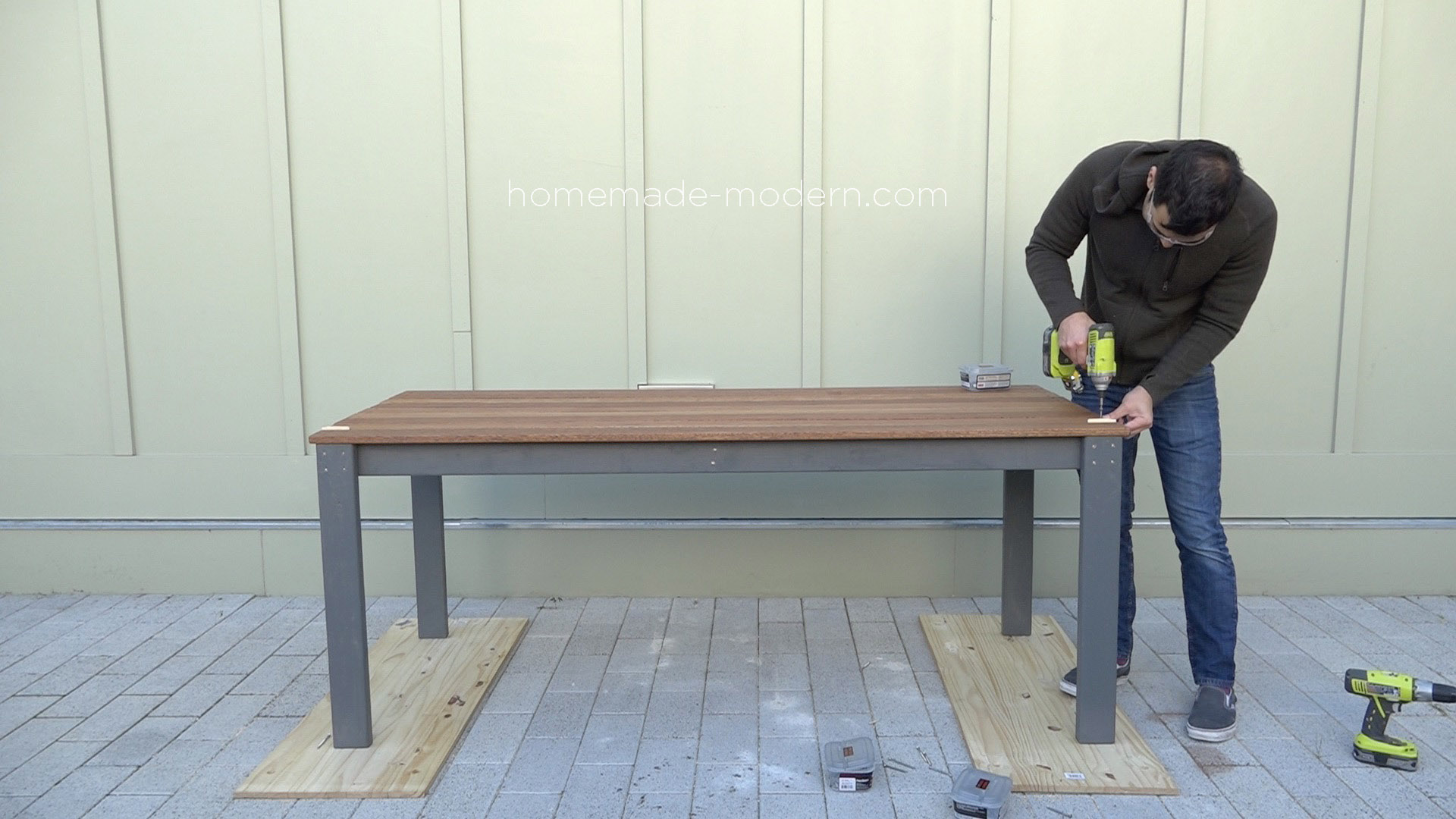 HomeMade Modern EP101 DIY Outdoor Dining Table