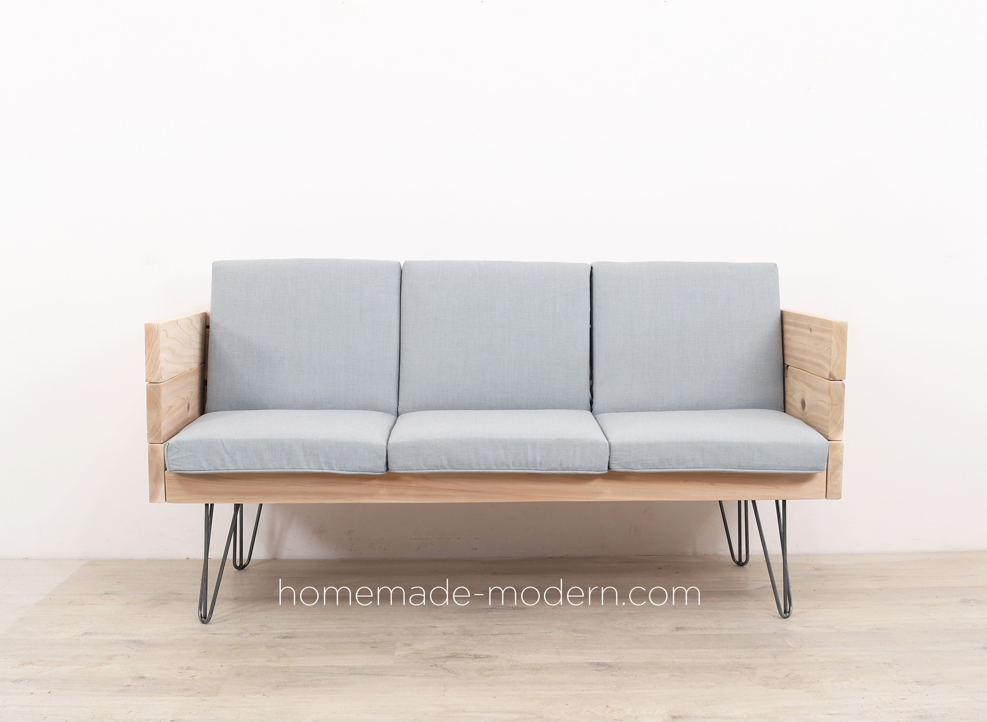 http://www.homemade-modern.com/wp-content/uploads/2019/04/outdoorsofa2-final1.jpg
