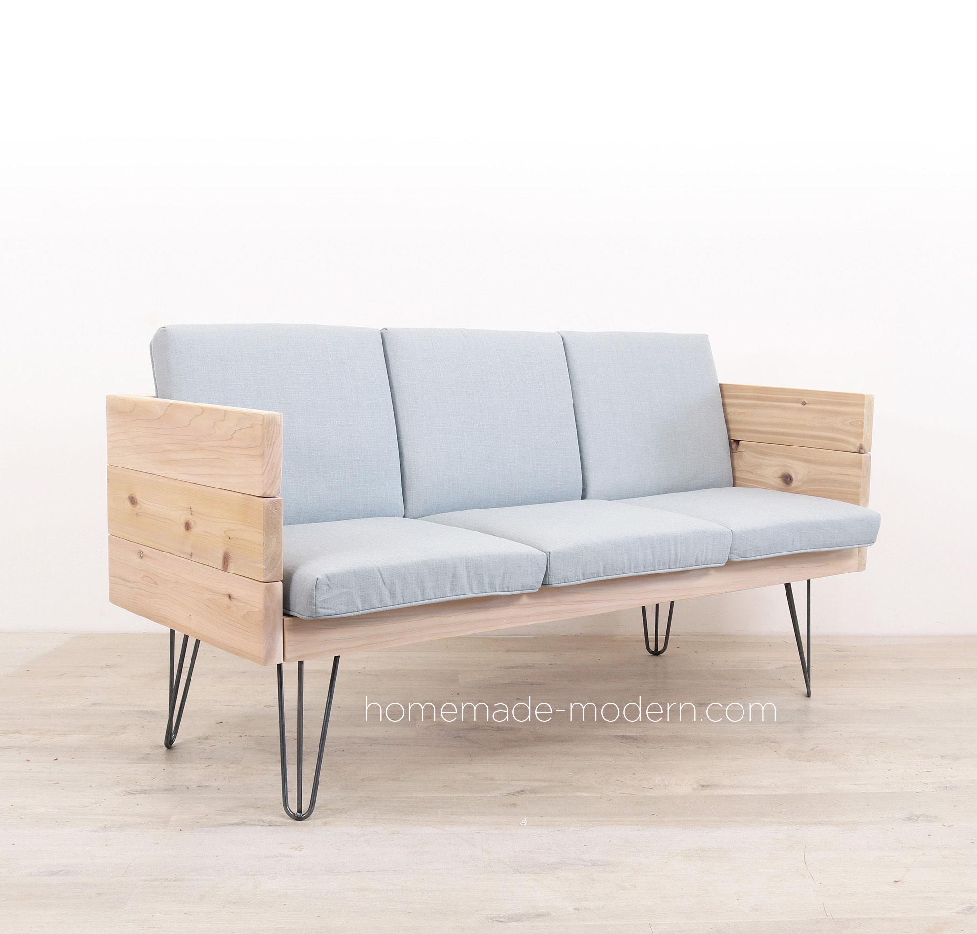 http://www.homemade-modern.com/wp-content/uploads/2019/04/outdoorsofa2-final2.jpg